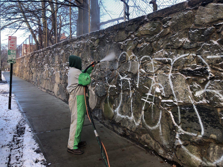 allstate-media-blasting-graffiti-angel-wall-9